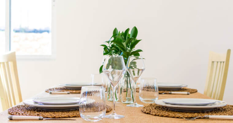How to Organize a Dinner Party for Different Diets