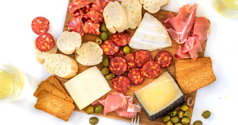 Spanish Cheese Board Recipe (Spanish Charcuterie Board)